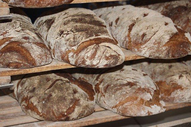 farmářský chléb.jpg