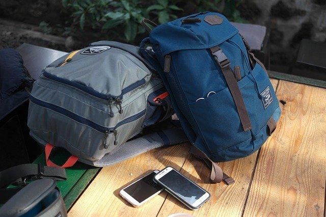 cestovní batohy.jpg